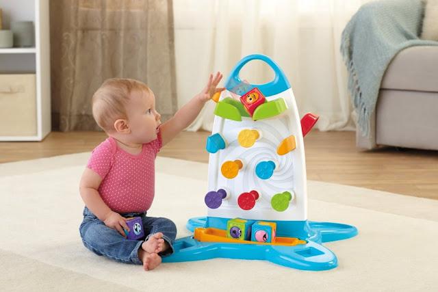 Tường chơi bóng lăn Roller Blocks Play Wall giúp bé phát triển khả năng thị giác