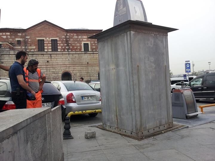 TARDIS trash machine in Istanbul