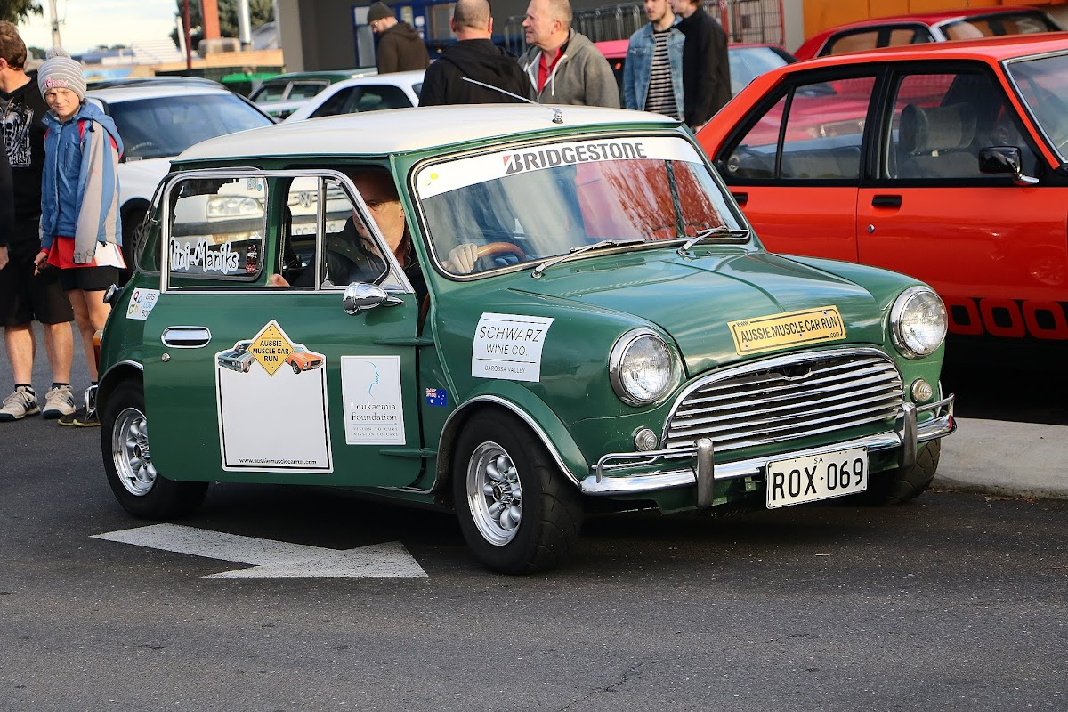 Mini British Racing Green Side 2.jpg