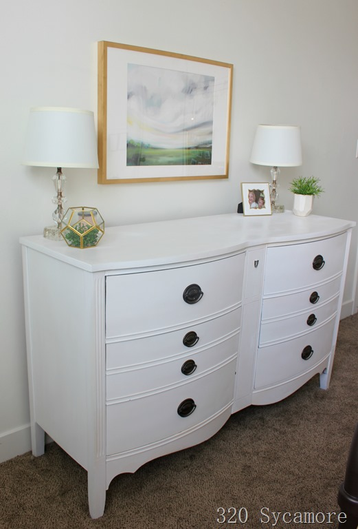 [white+painted+dresser+artwork%5B2%5D]