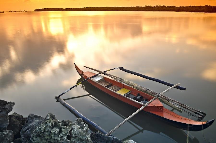 Banka by Rhys Gelig - Transportation Boats