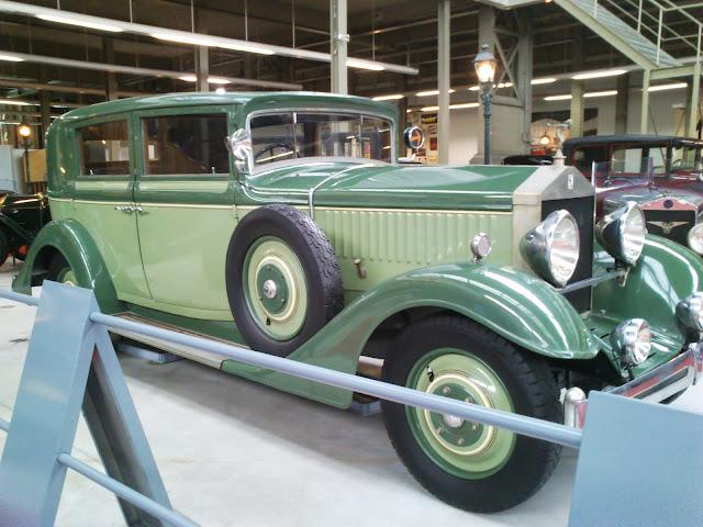 Precioso coche de Belle Epoque