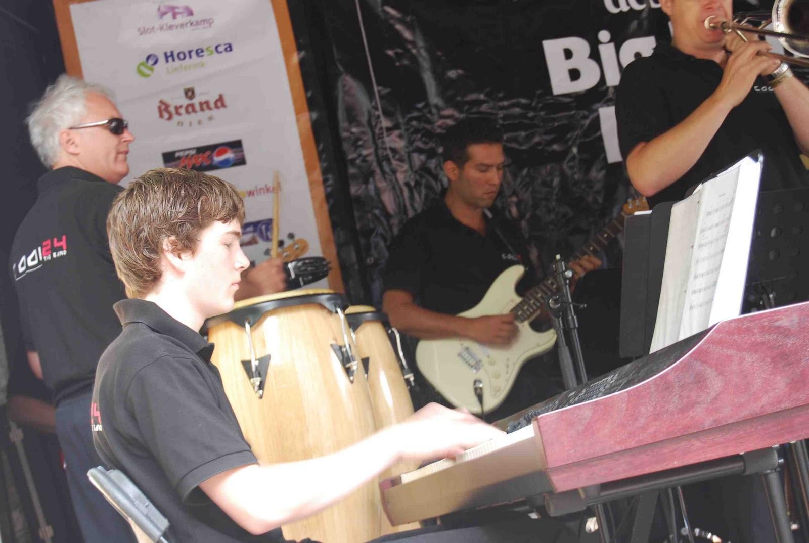 BigBandBattle 2009 - DSC_1030.jpg