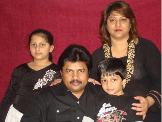 producer ramu body cremated | ಕೋಟಿ ನಿರ್ಮಾಪಕ ರಾಮು ಅವರ ಅಪಾರ ಆಸ್ತಿಗೆ ವಾರೀಸುದಾರರು ಯಾರು..?