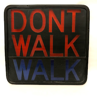 Dont Walk/Walk Pedestrian Sign