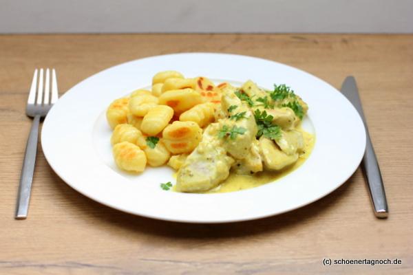 Senfhähnchen mit gebratenen Gnocchi
