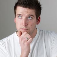 6 Hal Yang Difikirkan Pria Tentang Pacarnya