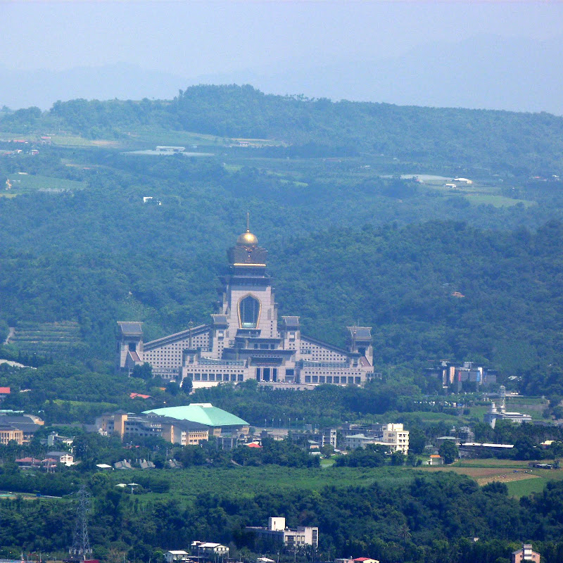 Chung Tai Chan Temple