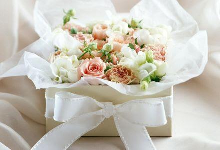 Cuando es el dia de los enamorados: Flores blancas