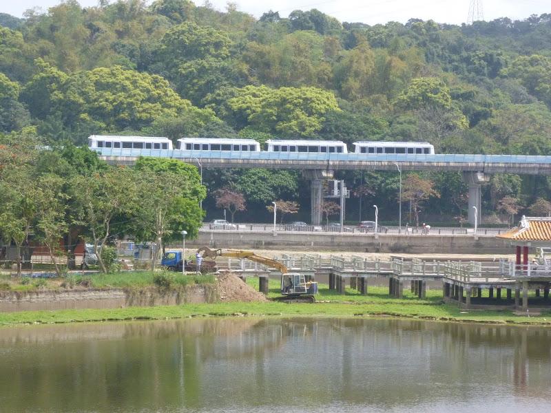 TAIWAN Taipei Dahu Park et dans le quartier de SHIH CHIEN University - P1260222.JPG