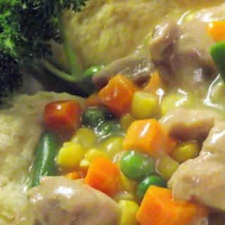 Slow Cooker Chicken Pot Pie Stew.