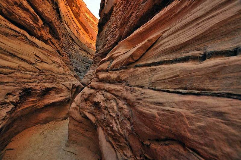 coloured-canyon-egypt-6
