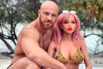 Bodybuilder Who Married Sex Doll Gets New Wife - Massive Chicken With Human Head
