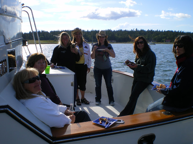 2010 Ladies Cruise - cam%2Bdownload%2B087.JPG