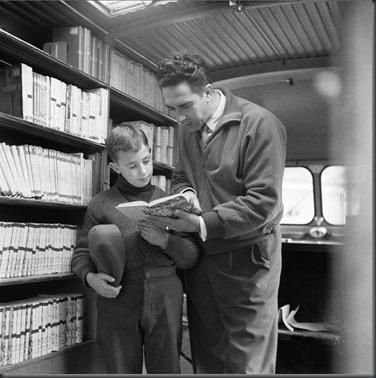 Biblioteca Itinerante da FCG.3