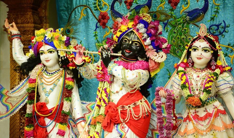 ISKCON GEV Deity Darshan 03 jan 2017 (19)