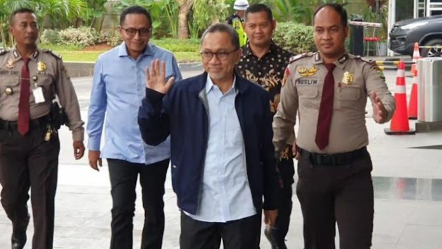 Zulkifli Hasan Akhirnya Penuhi Panggilan KPK