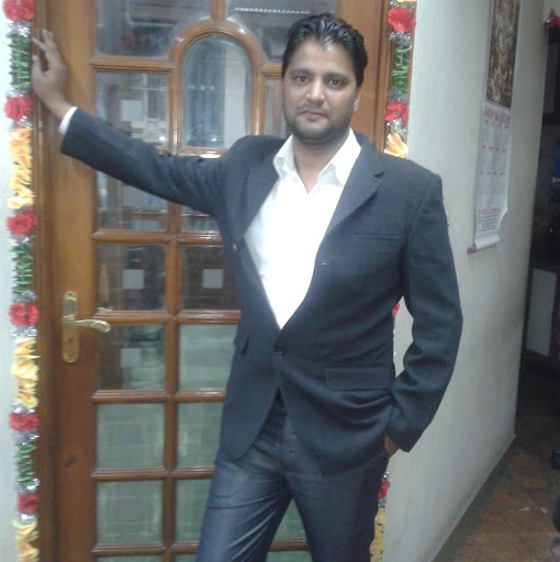 Sanjay Thapliyal Photo 6