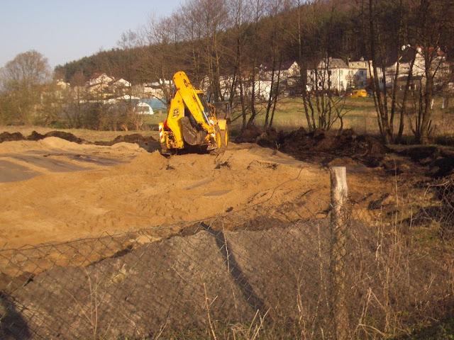 Budowa placu zabaw ul. Wieluńska - IMGP2408.JPG