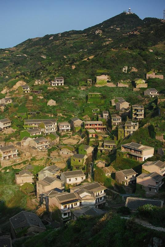 gouqi-island-abandoned-village-12
