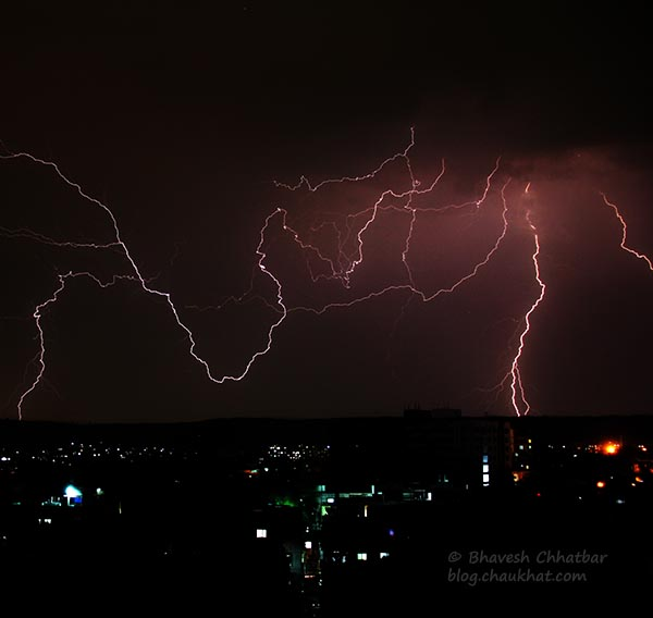 Lightning thunderbolts in Pune tonight