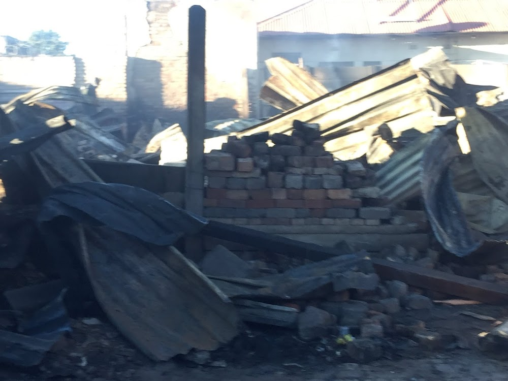 One dead, scores displaced after shack fire in Joburg