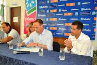 Impulso industrial y aporte a instituciones en Cañuelas.