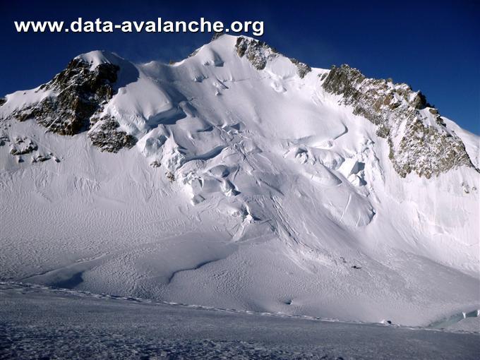 """Avalanche Mont Blanc, secteur Mont Maudit, Sur la """"Voie des Trois Monts"""" - Photo 1"""