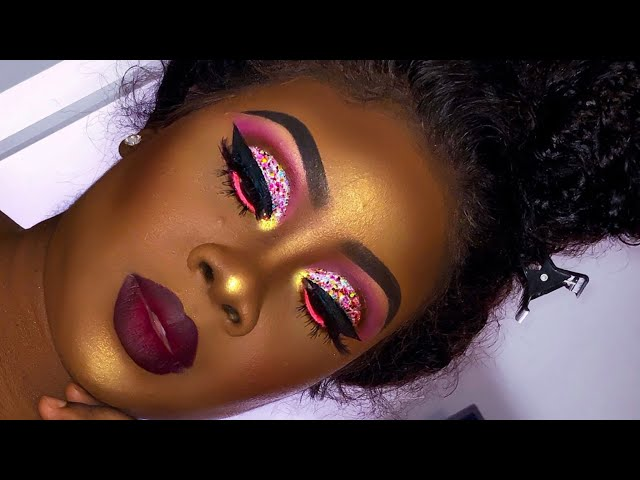 BEAUTIFUL GLOSSY EYE SHADOW LOOK FOR SOUTH AFRICAN WOMEN 2