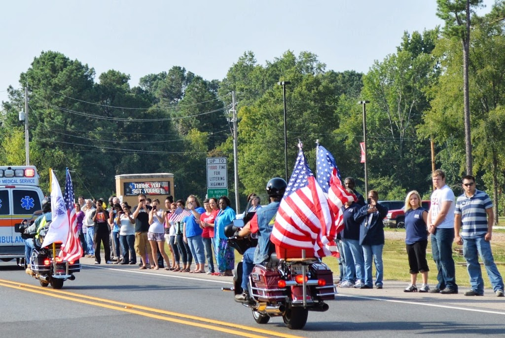 Honoring Sergeant Young Procession - DSC_3223.JPG