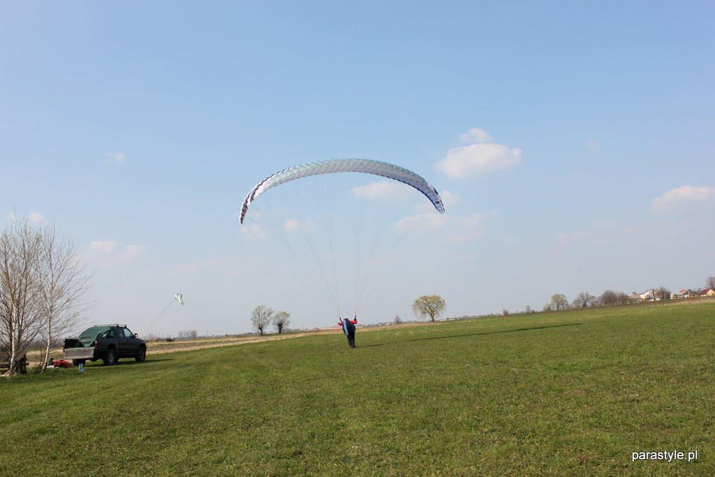 Szkolenia paralotniowe Kwiecień 2011 - IMG_5321.JPG
