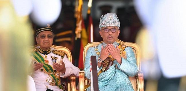 Cari Pengganti Mahathir, Raja Malaysia Kembali Wawancarai Anggota Parlemen