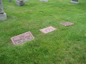GOULD_headstones_William_Mae_Helen_MtOlivetCem_DetroitWayneMichigan