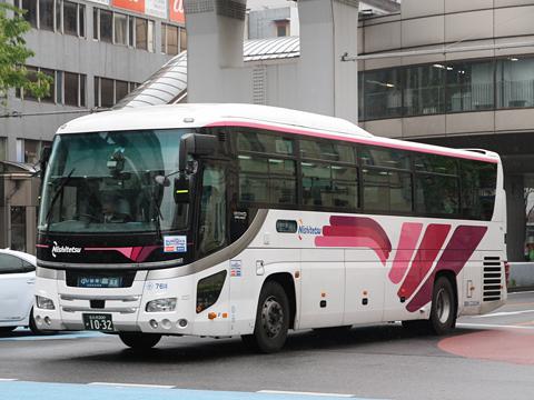 西鉄バス北九州「北九州~大分線」 7611