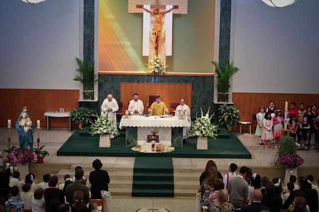 OLOS Children 1st Communion 2009 - IMG_3060.JPG