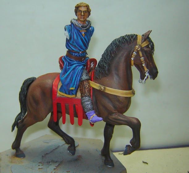 Crusader Knight c.1250 (Mounted) -  Andrea Miniatures 90mm DSC08106