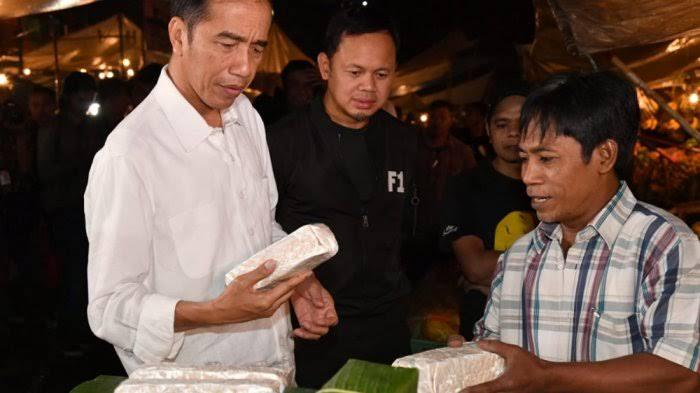 Pengamat: Jokowi tak akan Pecat Moeldoko karena Sudah Tahu Sama Tahu