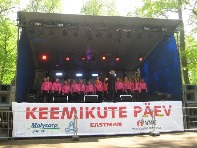Keemikute päev Jõhvi linnapargis 28.mail 2011 - piter%2Baprill%2B036.jpg