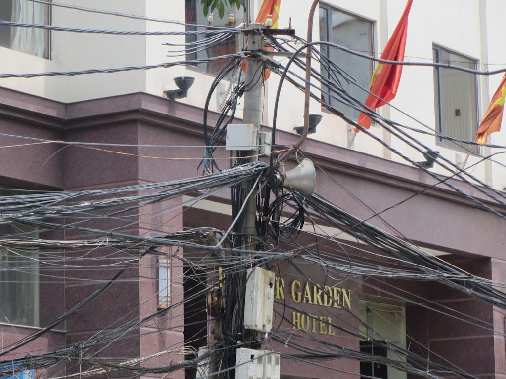0090The_Streets_of_Hanoi