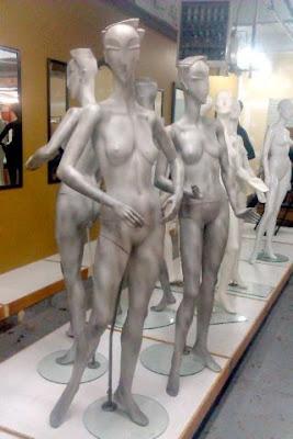 MANNEQUINS ~ EXOTIC ~ ART DECO STYLE - 2
