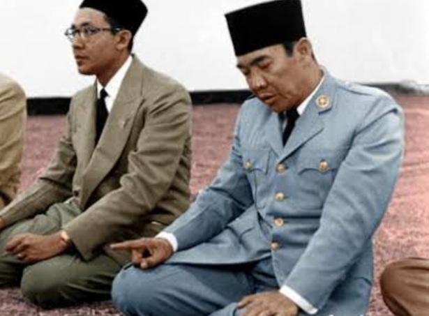 Soekarno Meninggal karena Dibunuh, Netizen: Sang Waktu Tak Bicara Soal Bukti tapi Soal Karma