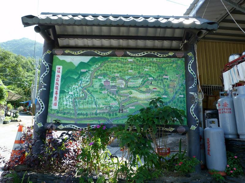 Tainan County.De Dona village à Meinong via Sandimen en scooter.J 12 - P1220499.JPG