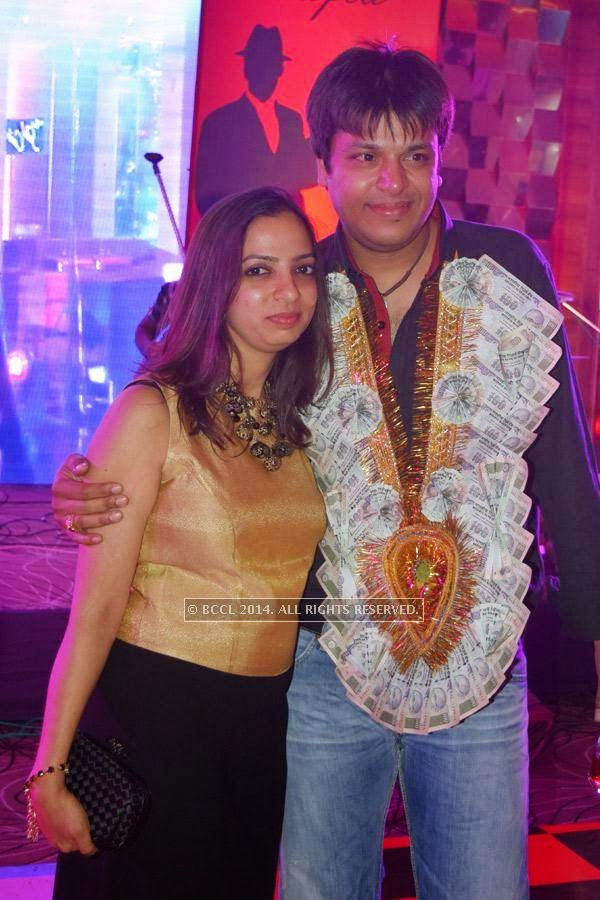 Ashish Khemuka with his wife Rakhee during his 40th birthday party, held at Hotel Centre Point, in Nagpur.