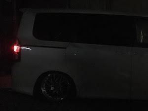 ヴォクシー ZRR70Wのカスタム事例画像 祐希さんの2020年03月24日22:14の投稿