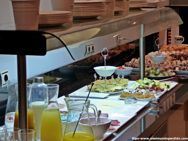 desayuno-buffet-sercotel-portales-hotel-logroño.JPG
