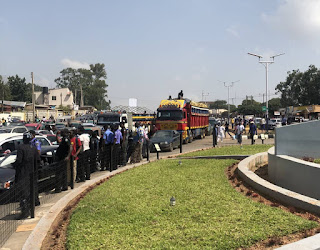 Police Fire Tear Gas, Live Ammunitions at #EndSWAT Protesters In Jos