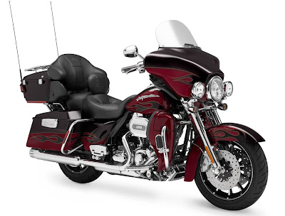 2011-Harley-Davidson-FLHTCUSE6CVO-Ultra-Classic-Electra-Glide