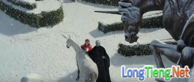 Cạn lời với chuyện tình của Người Đẹp và Quái Vật Hắc Ám Voldemort - Ảnh 8.