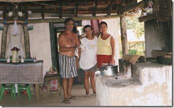 casal-local-em-parnaioca-nos-recebem-no-camping