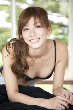 Aoki Ai 青木愛